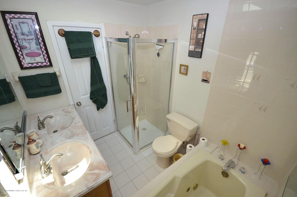 Single Family - Attached 34 Donley Avenue  Staten Island, NY 10305, MLS-1121579-15
