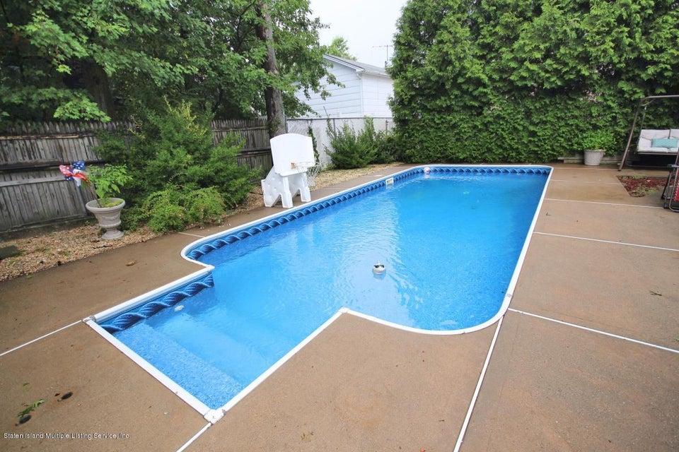 Two Family - Detached 248 Wainwright Avenue  Staten Island, NY 10312, MLS-1121640-19