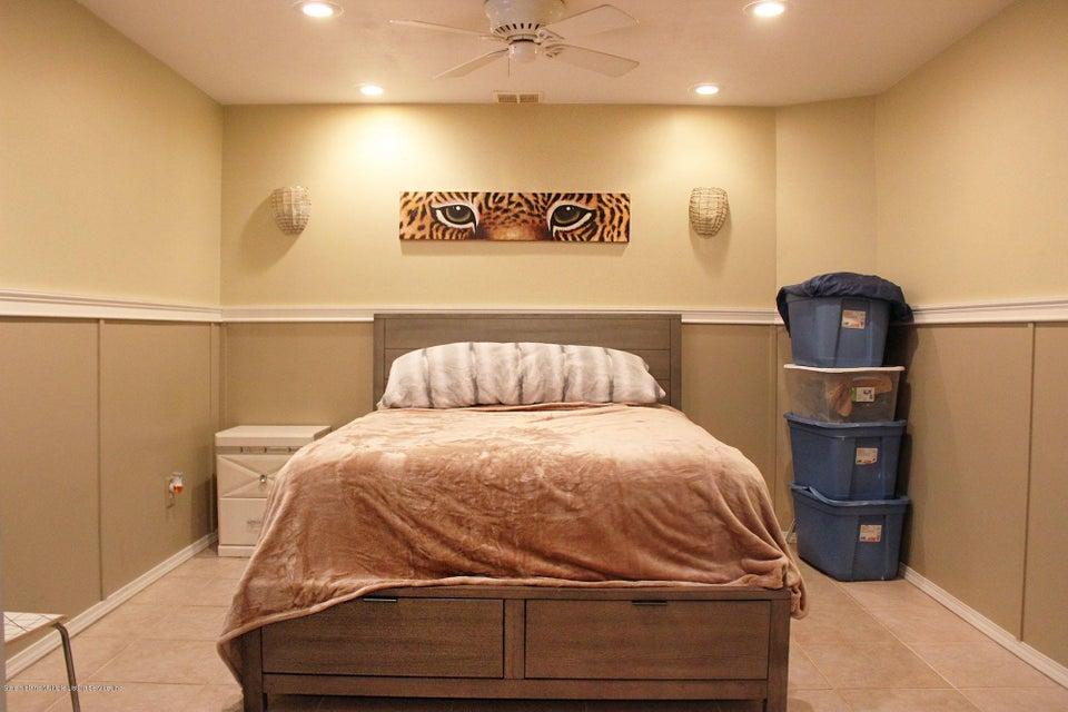 Single Family - Detached 158 Ridge Avenue  Staten Island, NY 10304, MLS-1120537-36