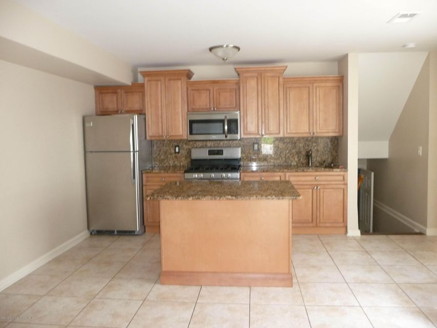 Two Family - Attached 61 Renfrew Place  Staten Island, NY 10303, MLS-1114713-7
