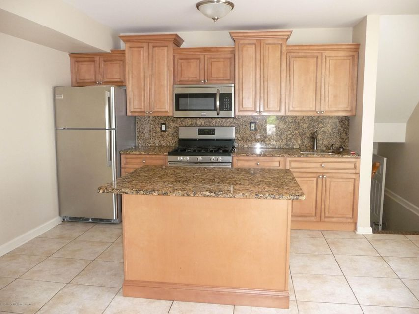 Two Family - Attached 61 Renfrew Place  Staten Island, NY 10303, MLS-1114713-6