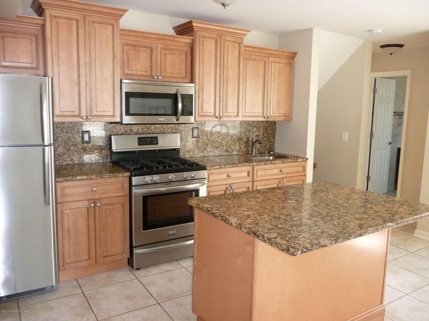 Two Family - Attached 61 Renfrew Place  Staten Island, NY 10303, MLS-1114713-5