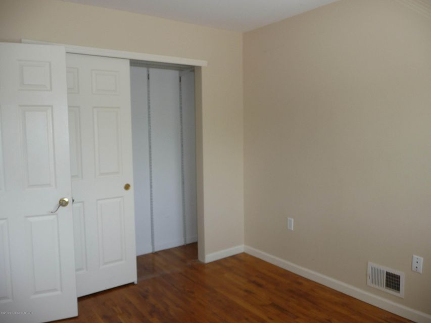 Two Family - Attached 61 Renfrew Place  Staten Island, NY 10303, MLS-1114713-35