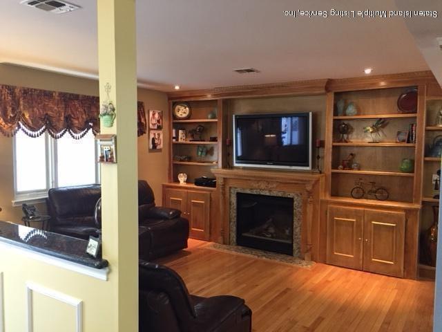 Two Family - Detached 250 Mcbaine Avenue  Staten Island, NY 10309, MLS-1121834-11