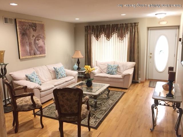 Two Family - Detached 250 Mcbaine Avenue  Staten Island, NY 10309, MLS-1121834-3