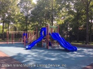 Condo 35 Arrowood Court  Staten Island, NY 10309, MLS-1121676-27