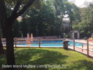 Condo 35 Arrowood Court  Staten Island, NY 10309, MLS-1121676-29