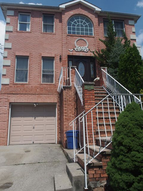 Two Family - Detached 5787 Hylan Boulevard  Staten Island, NY 10309, MLS-1121889-2