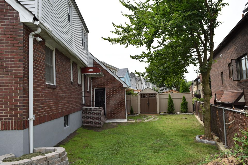Two Family - Detached 125 Beverly Avenue  Staten Island, NY 10301, MLS-1122037-35