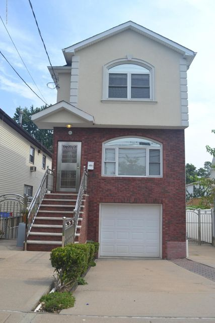 Single Family - Detached in Grant City - 367 Bedford Avenue  Staten Island, NY 10306