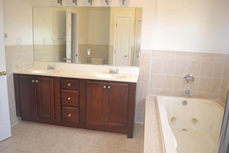 Single Family - Detached 367 Bedford Avenue  Staten Island, NY 10306, MLS-1122009-14