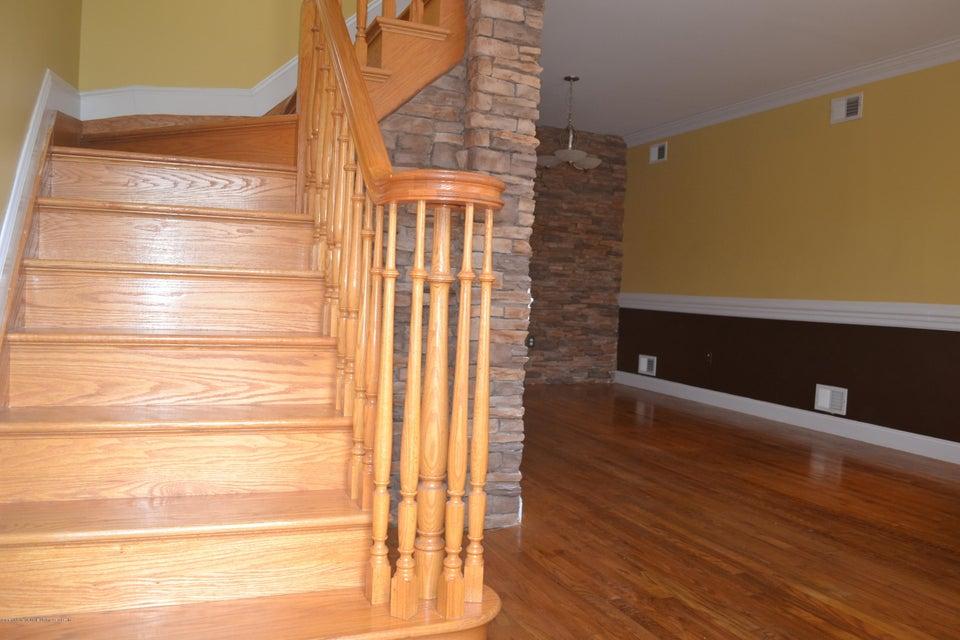 Single Family - Detached 367 Bedford Avenue  Staten Island, NY 10306, MLS-1122009-3