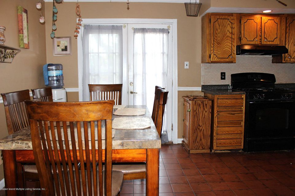 Single Family - Semi-Attached 261 Grantwood Avenue   Staten Island, NY 10312, MLS-1122079-6