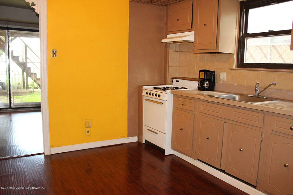 Single Family - Semi-Attached 261 Grantwood Avenue   Staten Island, NY 10312, MLS-1122079-21