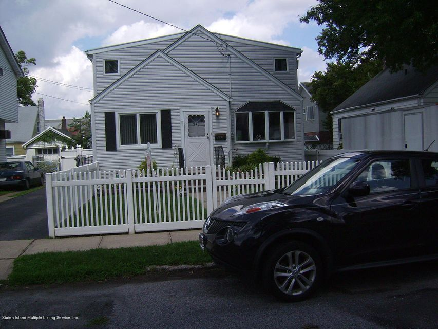 Single Family - Detached in Westerleigh - 345 Waters Avenue   Staten Island, NY 10302