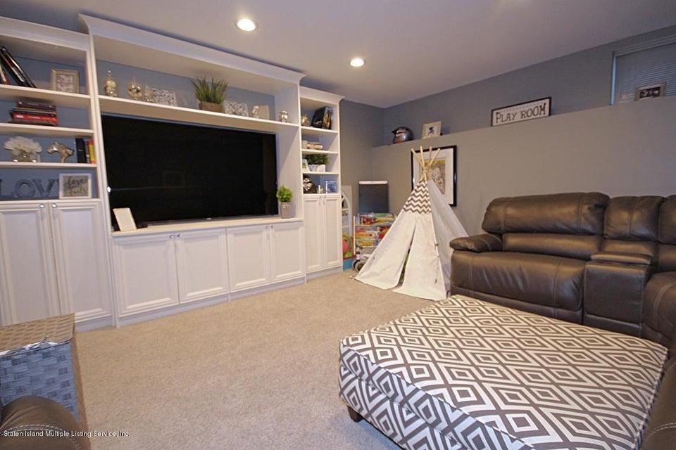 Single Family - Attached 215 Presentation Circle  Staten Island, NY 10312, MLS-1121735-19