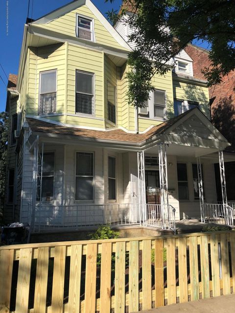 Two Family - Detached 84 Westervelt Avenue  Staten Island, NY 10301, MLS-1120994-7