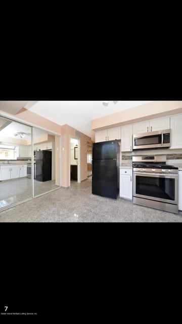 Single Family - Attached 9 Oceanview Ave   Staten Island, NY 10312, MLS-1122303-2