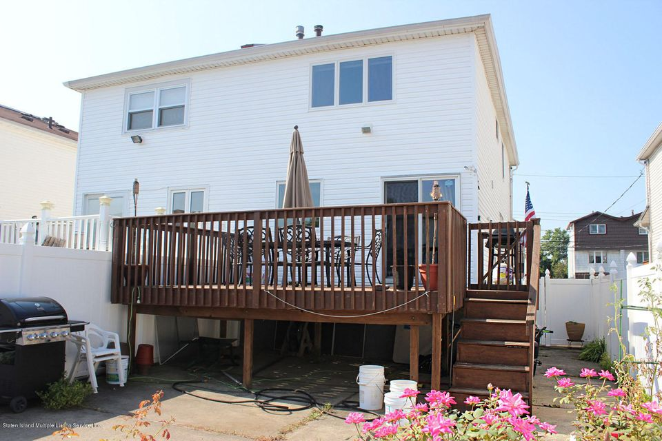 Single Family - Semi-Attached 253 Slater Boulevard  Staten Island, NY 10305, MLS-1117873-22