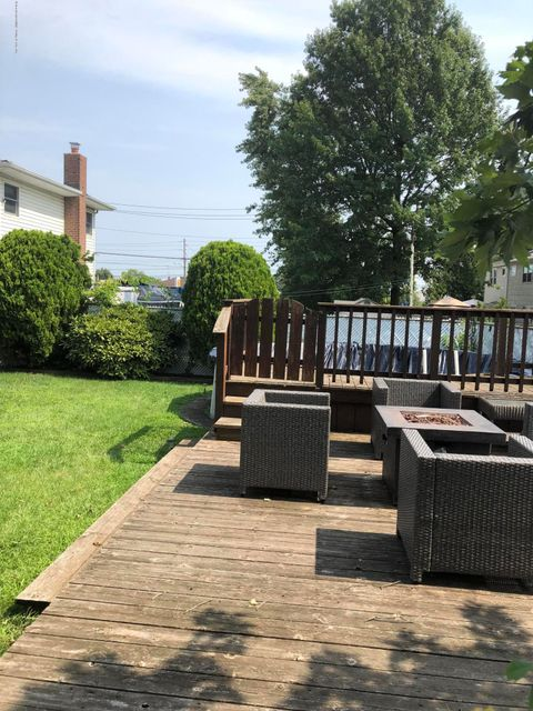 Single Family - Detached 18 Pacific Avenue  Staten Island, NY 10312, MLS-1122308-11