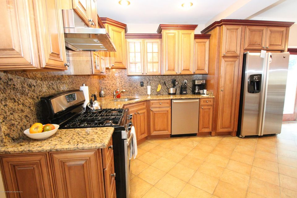 Single Family - Detached 175 Overlook Avenue  Staten Island, NY 10304, MLS-1122384-10