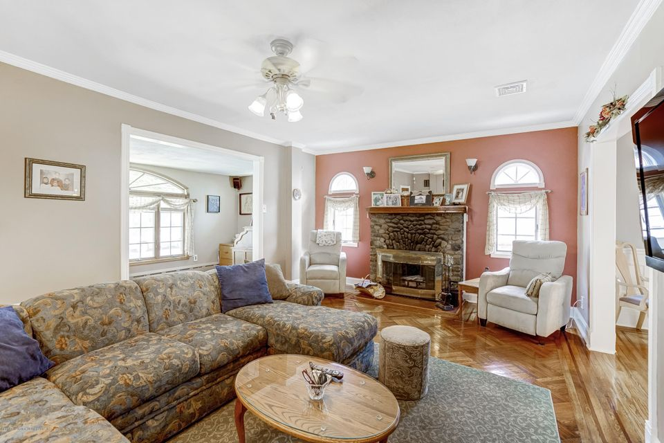 Single Family - Detached 150 Lindenwood Road  Staten Island, NY 10308, MLS-1122406-5
