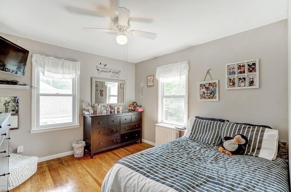 Single Family - Detached 150 Lindenwood Road  Staten Island, NY 10308, MLS-1122406-14