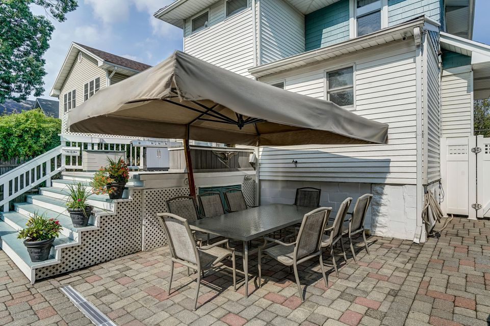 Single Family - Detached 150 Lindenwood Road  Staten Island, NY 10308, MLS-1122406-26