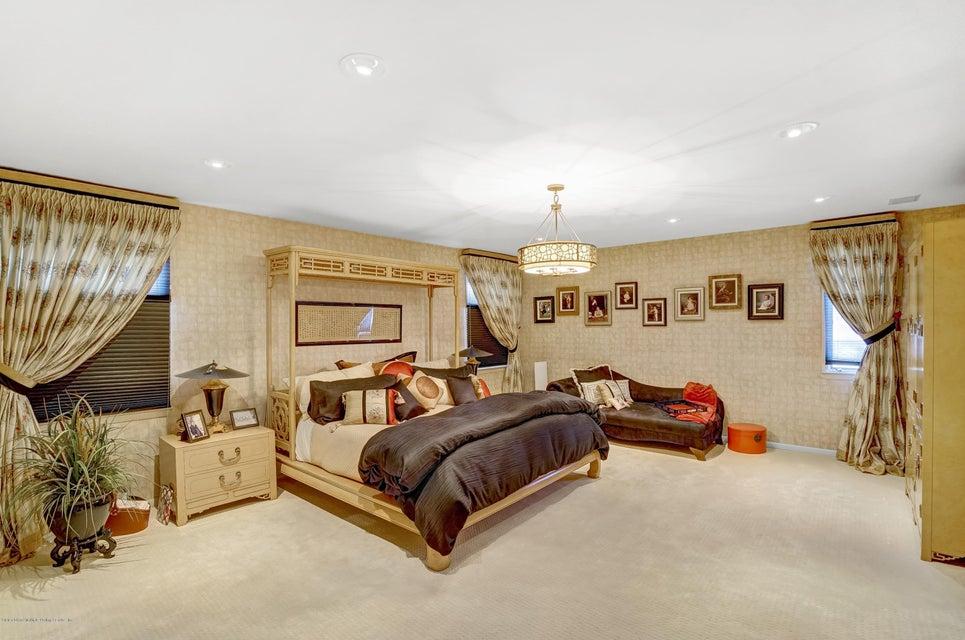 Single Family - Detached 145 Cedarview Avenue  Staten Island, NY 10306, MLS-1122443-16
