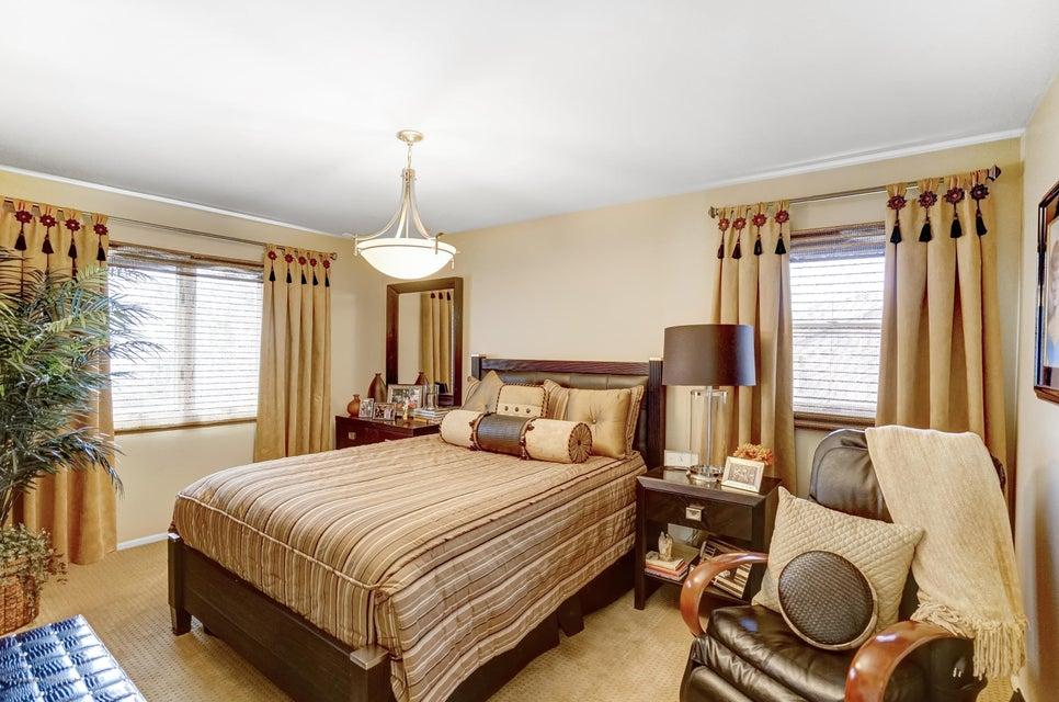 Single Family - Detached 145 Cedarview Avenue  Staten Island, NY 10306, MLS-1122443-20