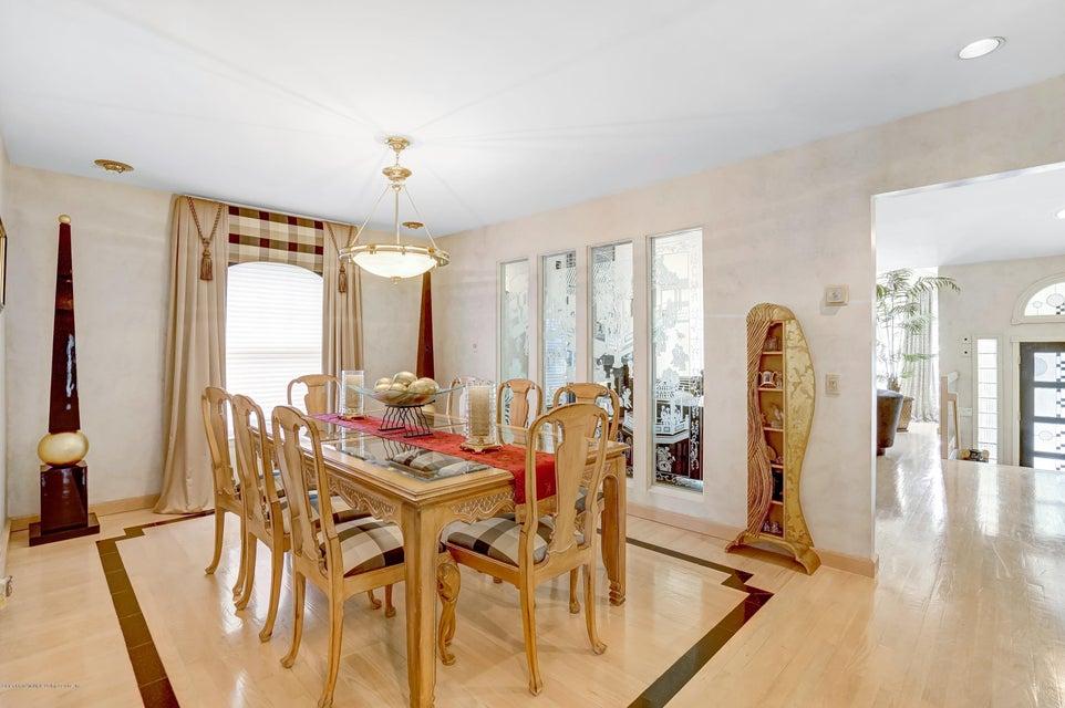 Single Family - Detached 145 Cedarview Avenue  Staten Island, NY 10306, MLS-1122443-7