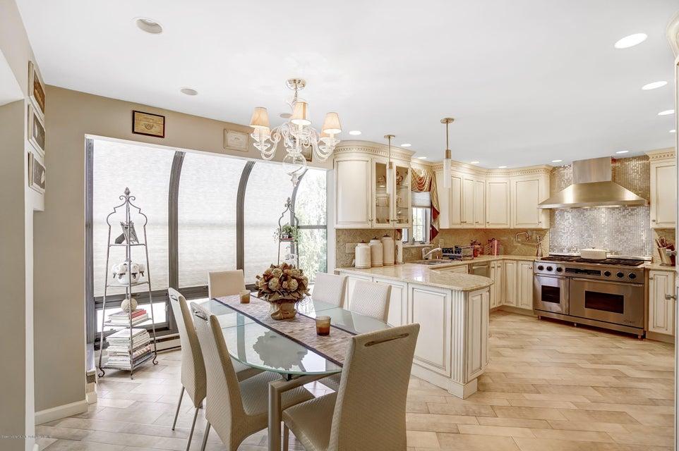 Single Family - Detached 145 Cedarview Avenue  Staten Island, NY 10306, MLS-1122443-9