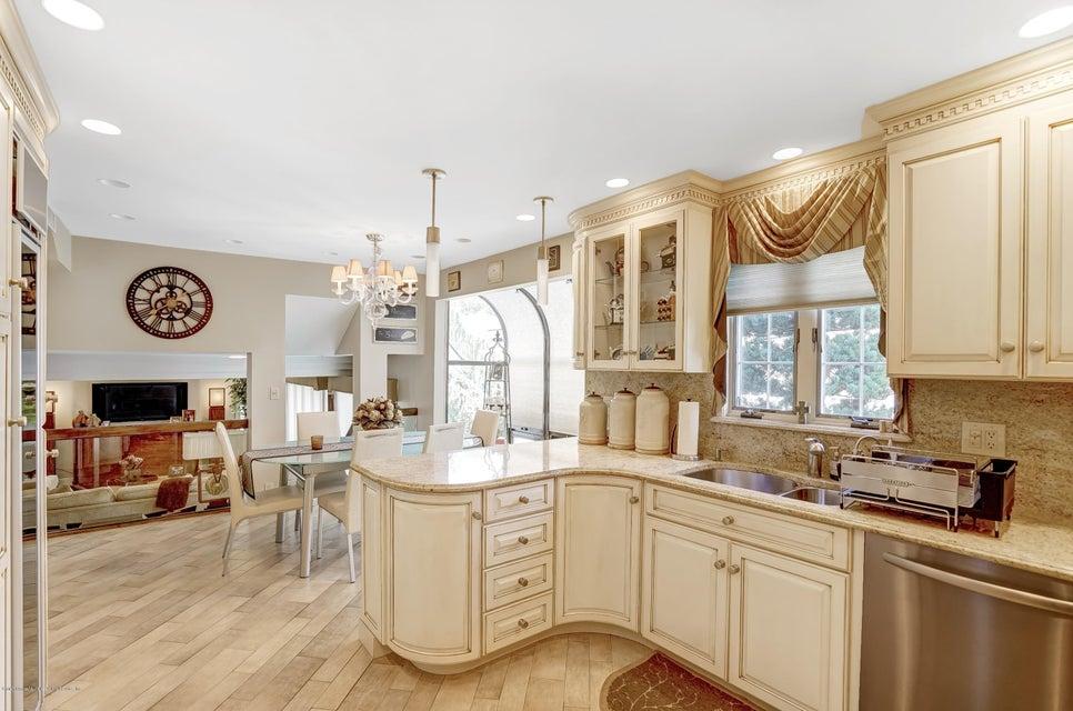 Single Family - Detached 145 Cedarview Avenue  Staten Island, NY 10306, MLS-1122443-10