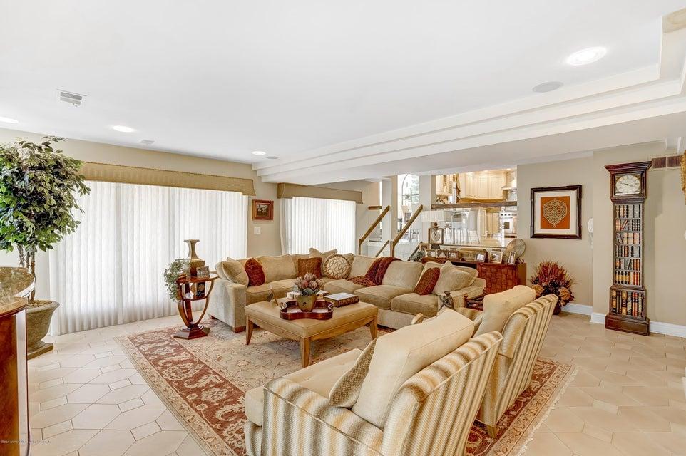 Single Family - Detached 145 Cedarview Avenue  Staten Island, NY 10306, MLS-1122443-11