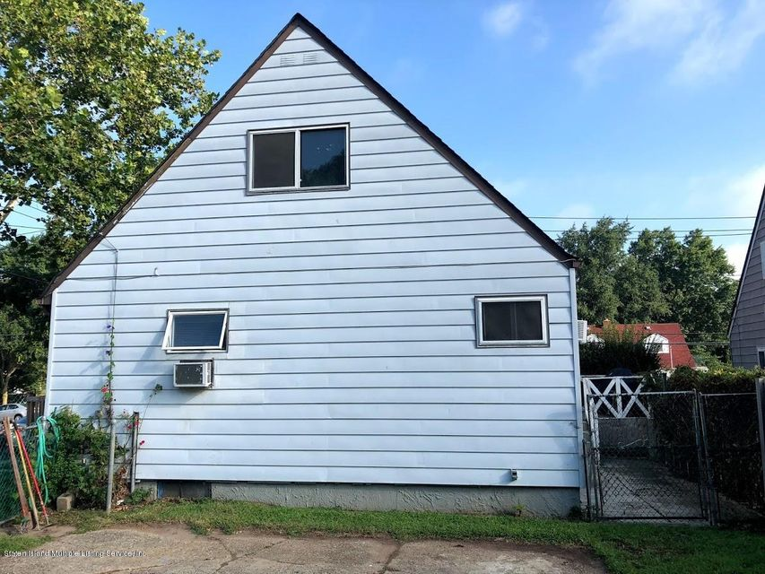 Single Family - Detached 207 Fanning Street  Staten Island, NY 10314, MLS-1122522-13