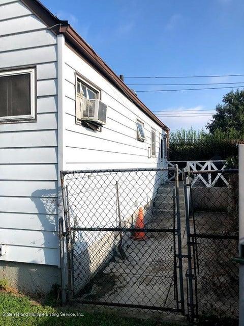Single Family - Detached 207 Fanning Street  Staten Island, NY 10314, MLS-1122522-14