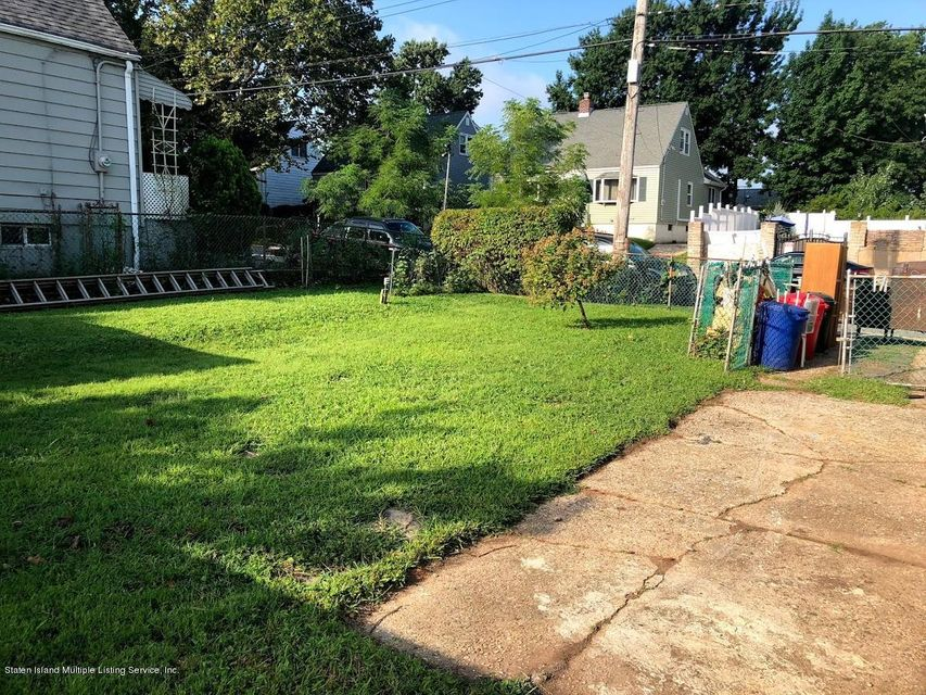Single Family - Detached 207 Fanning Street  Staten Island, NY 10314, MLS-1122522-16