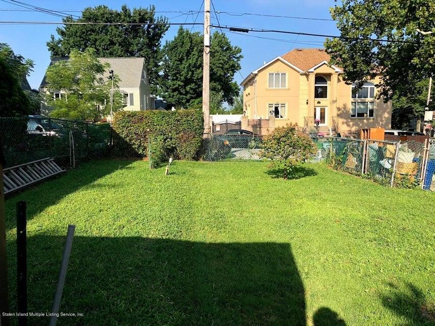 Single Family - Detached 207 Fanning Street  Staten Island, NY 10314, MLS-1122522-19