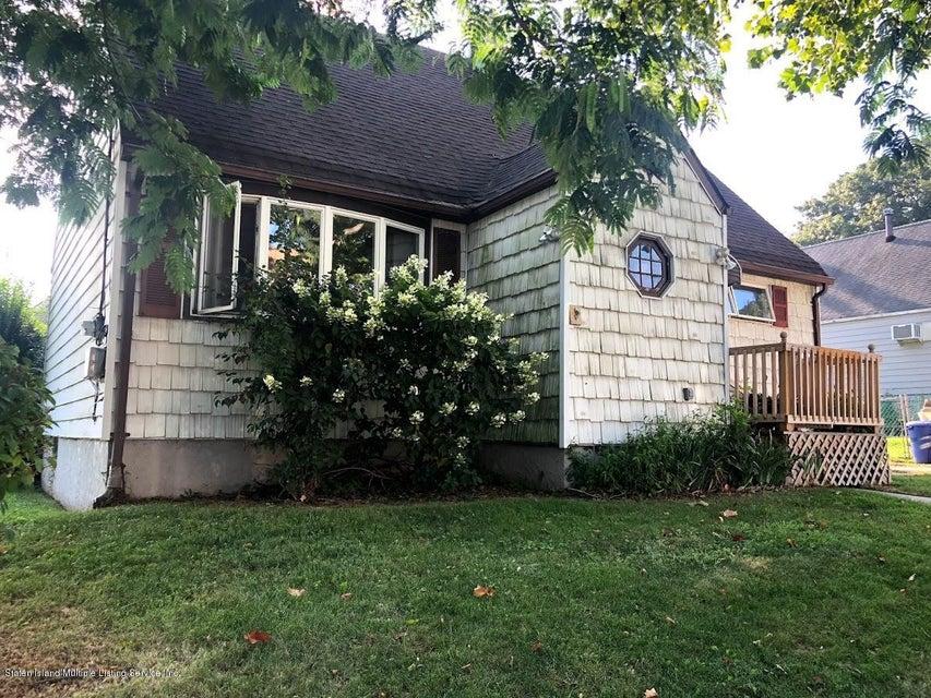 Single Family - Detached 207 Fanning Street  Staten Island, NY 10314, MLS-1122522-22