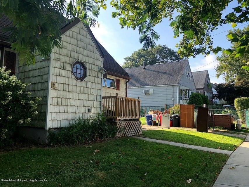 Single Family - Detached 207 Fanning Street  Staten Island, NY 10314, MLS-1122522-23