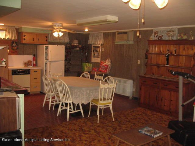 Single Family - Detached 552 Steuben Street  Staten Island, NY 10305, MLS-1122541-31