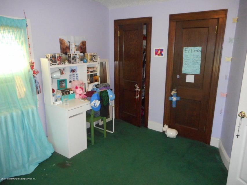 Single Family - Detached 114 Hartford Avenue  Staten Island, NY 10310, MLS-1122485-19