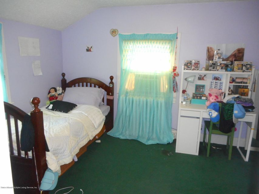 Single Family - Detached 114 Hartford Avenue  Staten Island, NY 10310, MLS-1122485-20