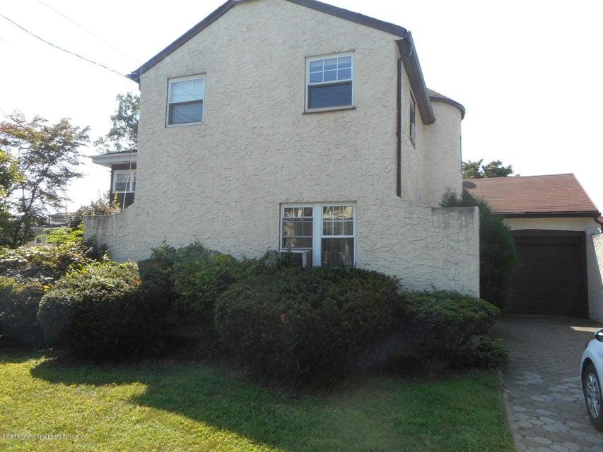 Single Family - Detached 114 Hartford Avenue  Staten Island, NY 10310, MLS-1122485-2