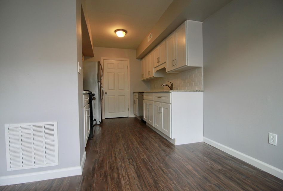 Single Family - Attached 689 Elbe Avenue A  Staten Island, NY 10304, MLS-1122557-3