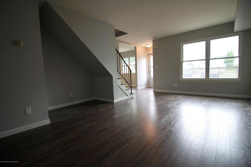 Single Family - Attached 689 Elbe Avenue A  Staten Island, NY 10304, MLS-1122557-9