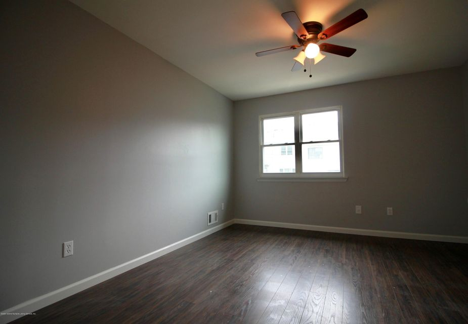 Single Family - Attached 689 Elbe Avenue A  Staten Island, NY 10304, MLS-1122557-10