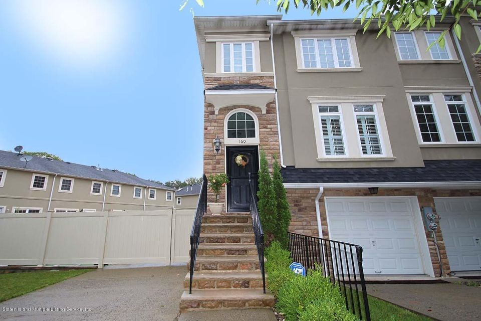 Two Family - Attached 160 Presentation Circle  Staten Island, NY 10312, MLS-1122612-4