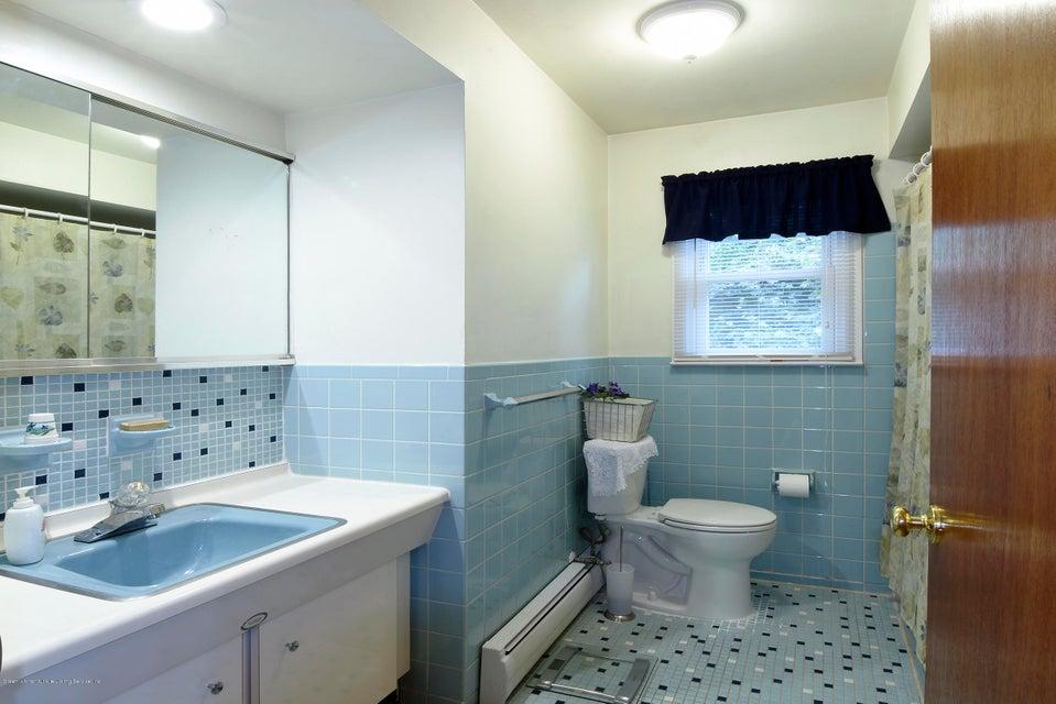 Single Family - Detached 52 Nixon Avenue  Staten Island, NY 10304, MLS-1122629-18