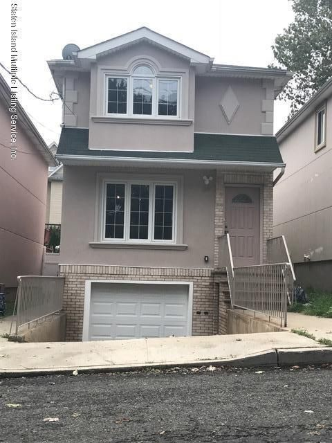 Single Family - Detached in Rosebank - 39 Bang Terrace  Staten Island, NY 10305